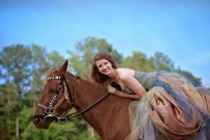 ワイズルーム 女性 乗馬