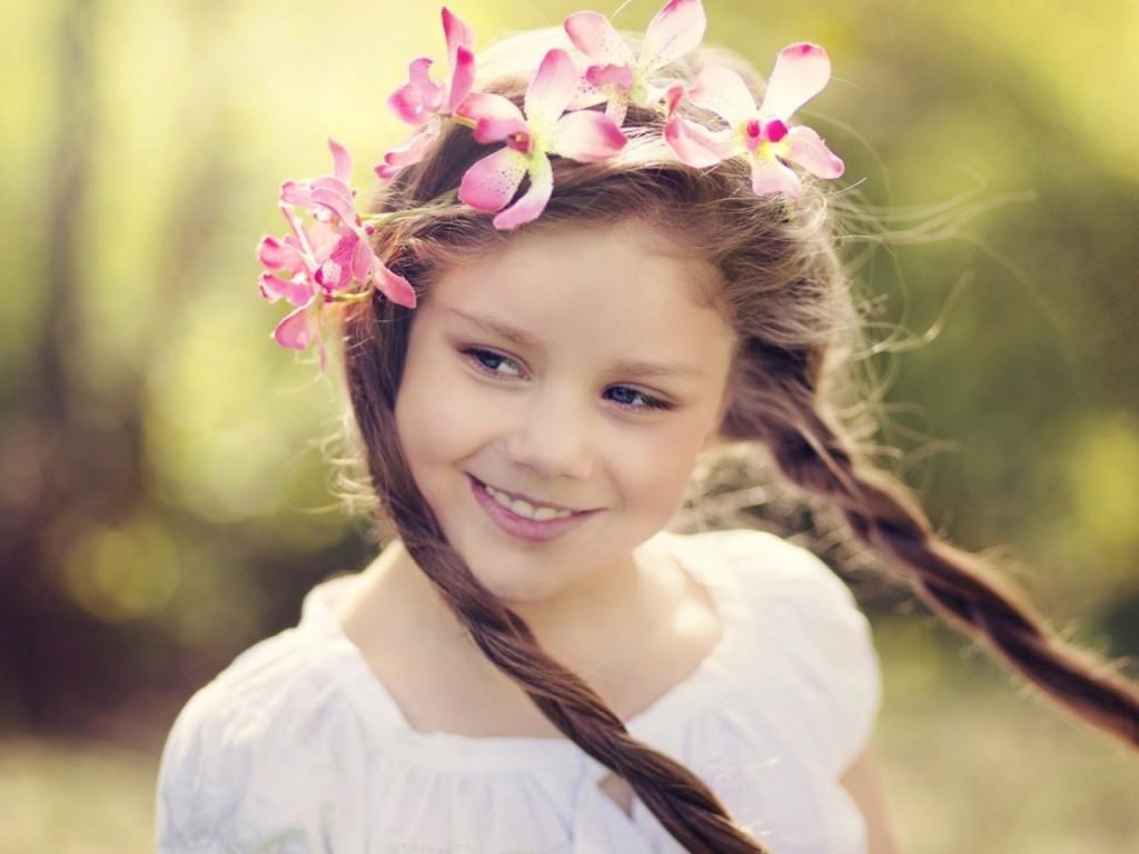 ワイズルーム 少女 笑顔 リース