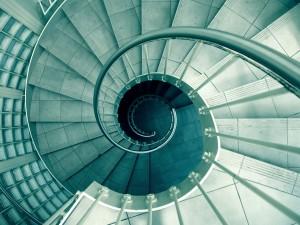 ワイズルーム 螺旋階段