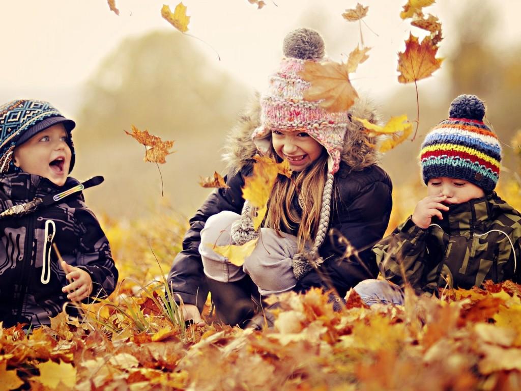 ワイズルーム 笑顔 子ども 秋