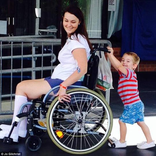 メイクブラシ 車椅子